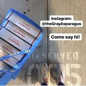 Instagram @theGrayAsparagus